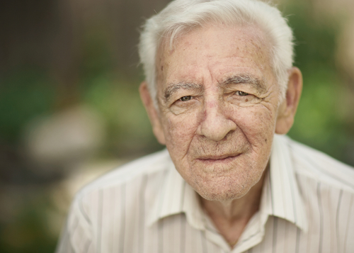 Older man with cataracts